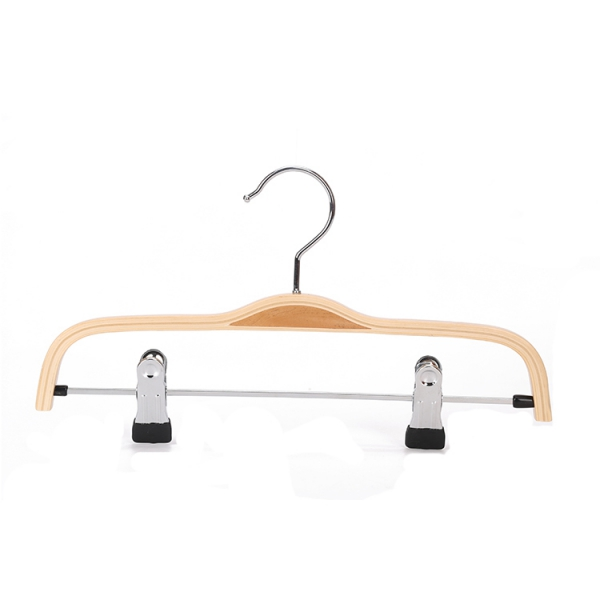 Laminated Wooden Hangers with TrouserSkirt Clips (2)